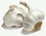 Garlic top coat – for STRONGER, healthiernails!