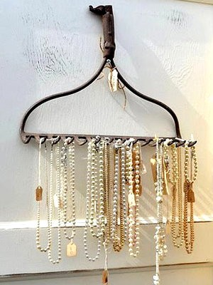 Creative Ways To Hang Your Necklaces Raves Faves
